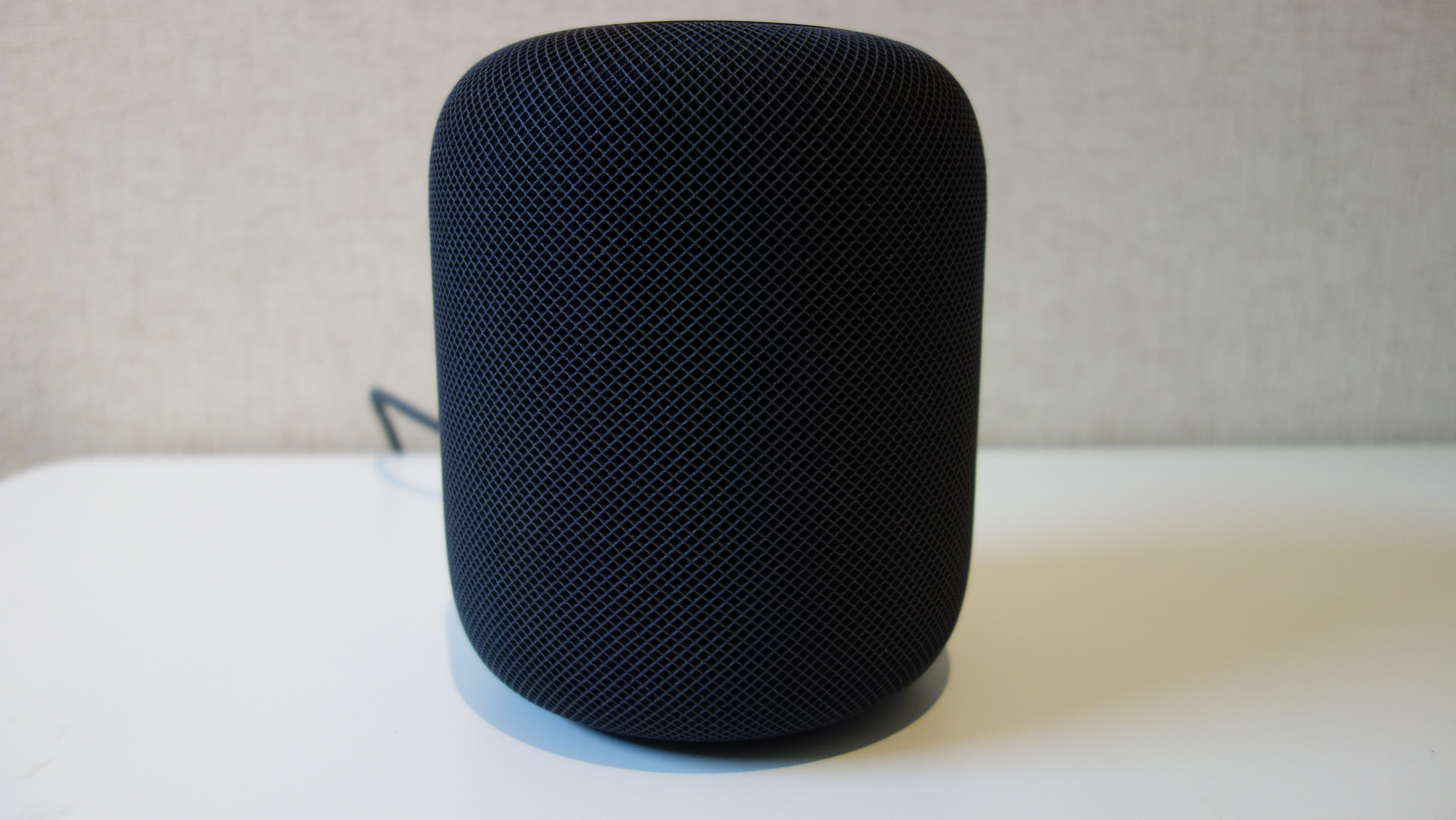 Apple HomePod 前面