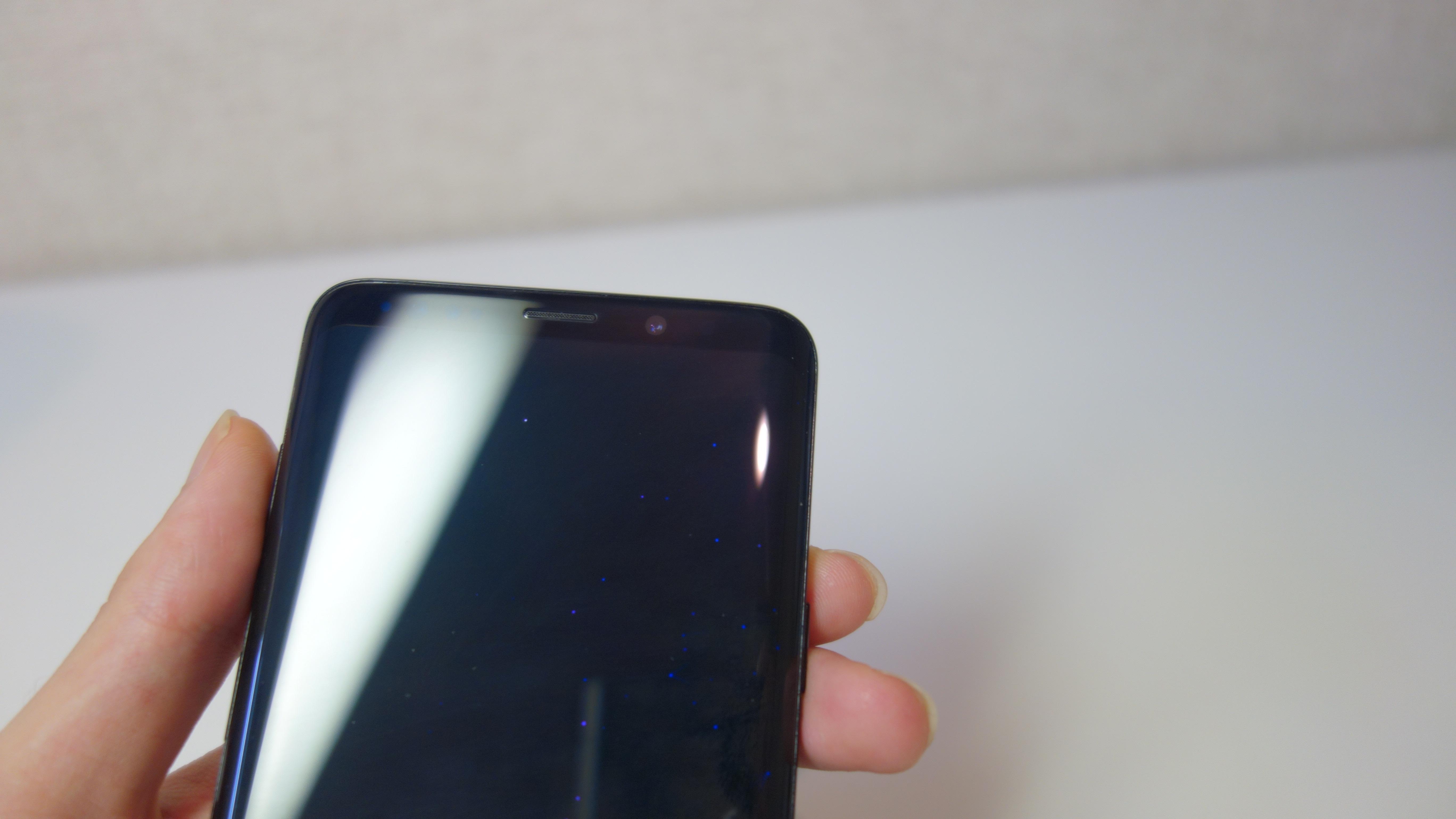 Galaxy S9+画面上スピーカー